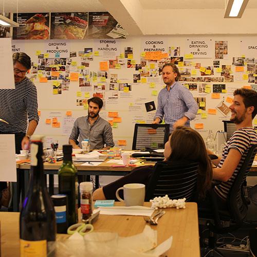 Equipo multidisciplinar basado en Design Thinking